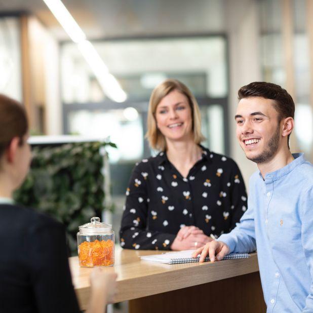 Employees (HR, Teaser, Menu, 1:1)