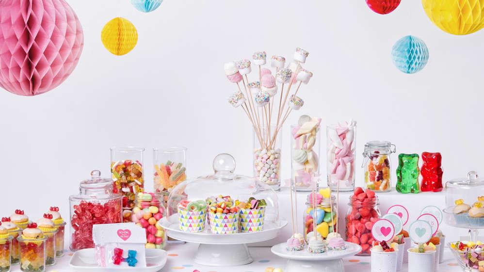 Candybar mit HARIBO Fruchtgummis und Chamallows