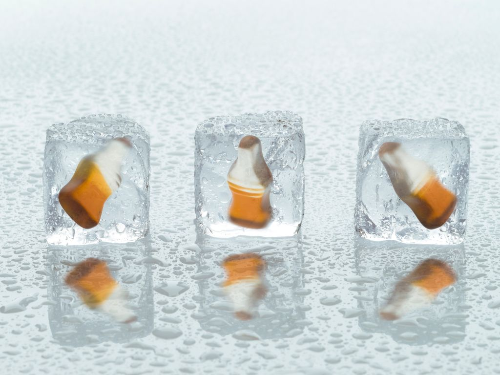 Ice cubes with Happy-Cola pieces
