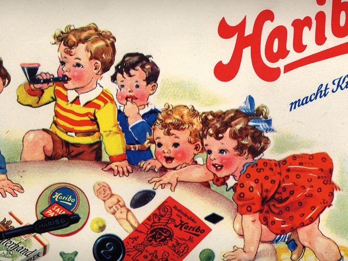 Storico annuncio pubblicitario HARIBO, i bambini giocano con gli orsetti di gomma e la liquirizia