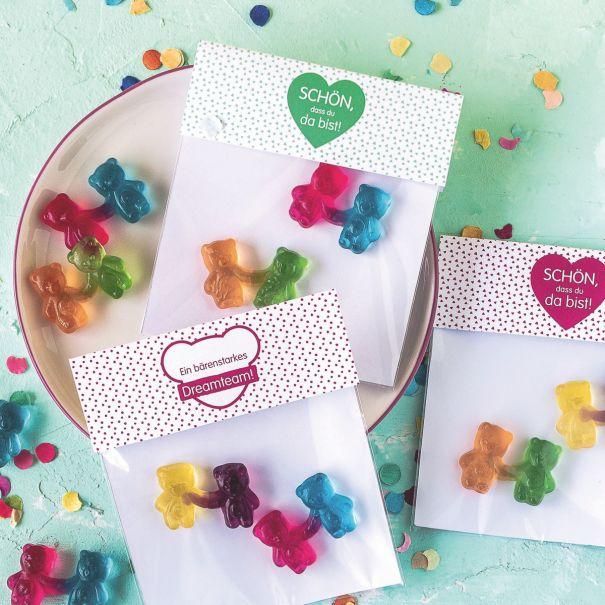 Einzelne HARIBO Bärchen-Pärchen in dekorativer Verpackung