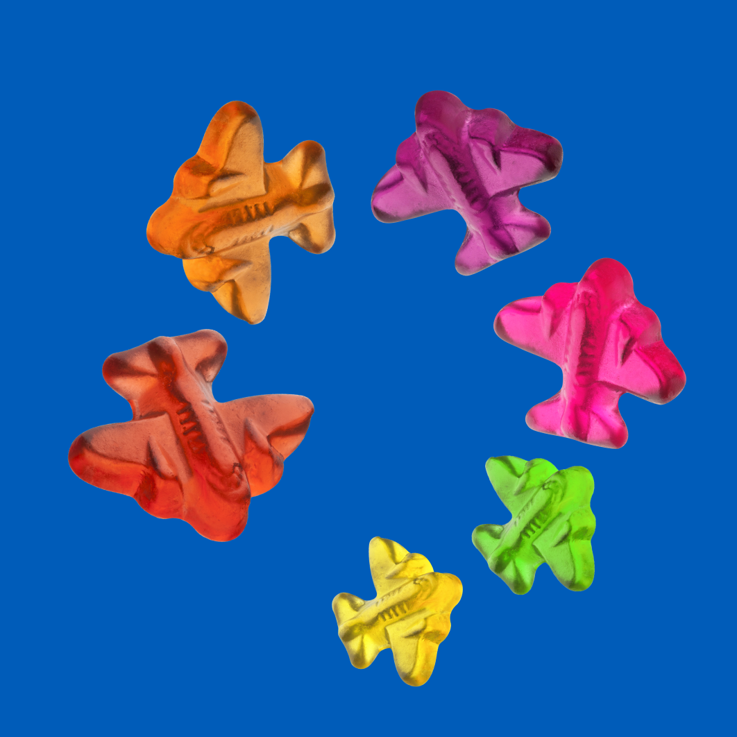 HARIBO gummi airplanes flying in a circle